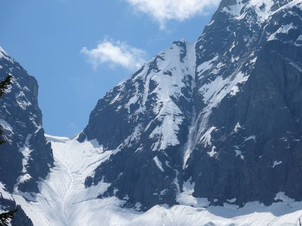 Snow letting loose above the CJ Couloir