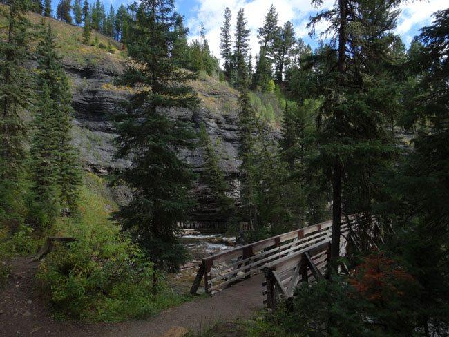 ousel falls trail  big sky  montana