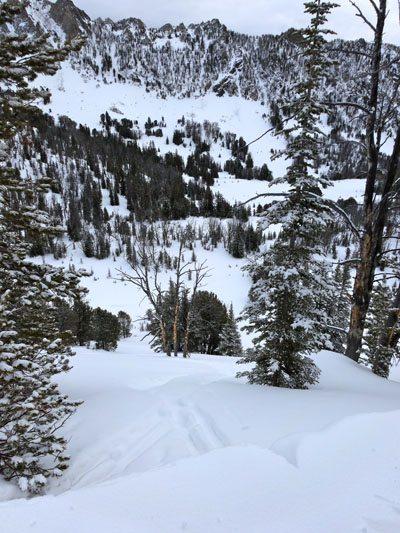 Beehive Basin Skiing