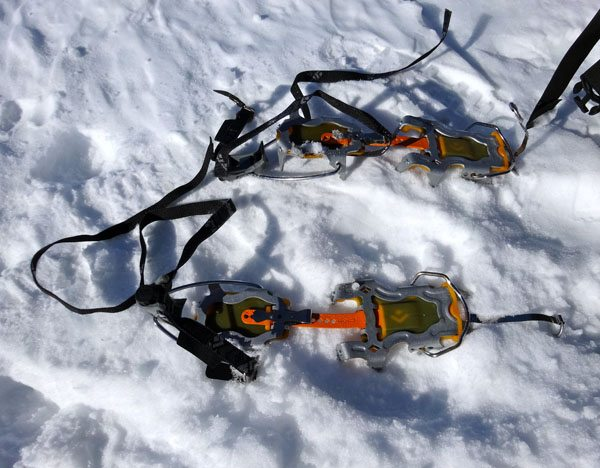 Black Diamond Sabretooth Crampon Review