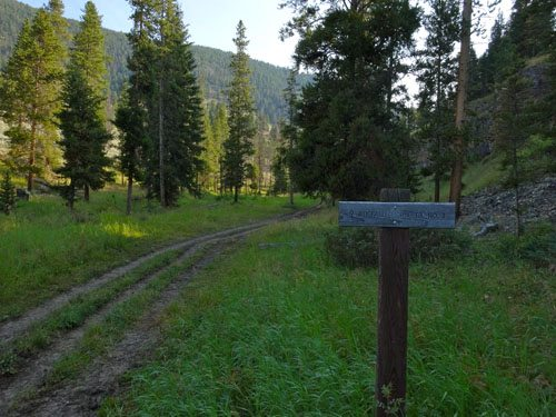 hiking ramshorn peak in montana u0026 39 s gallatin range
