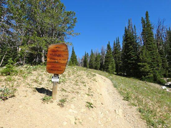 Beehive BThe Spanish Peaks of the Lee Metcalf Wildernessasin
