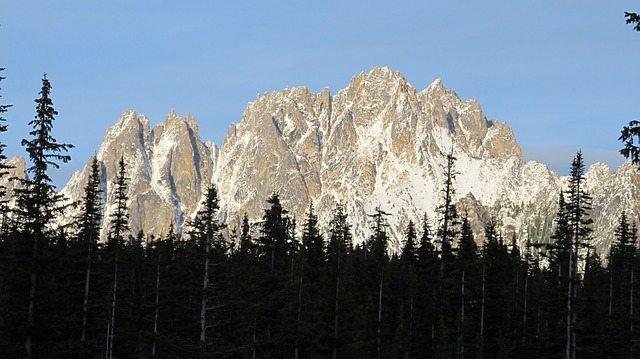 The Rugged Cascade Range | Stock Image = Pixabay