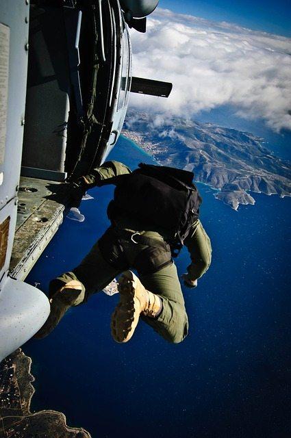 Skydiving Pixabay