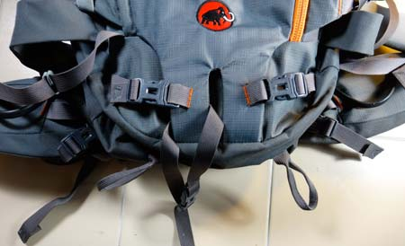Mammut Trion Pro axe attachement