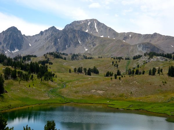 Echo Peak Above Expedition Lake