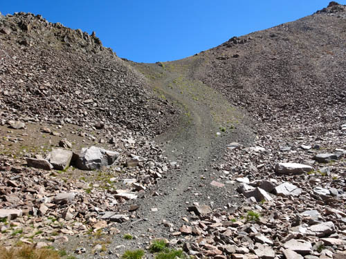 steep approach to saddle http://amountainjourney.com