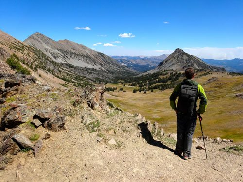 HIking Poles | AMountainJourney.com