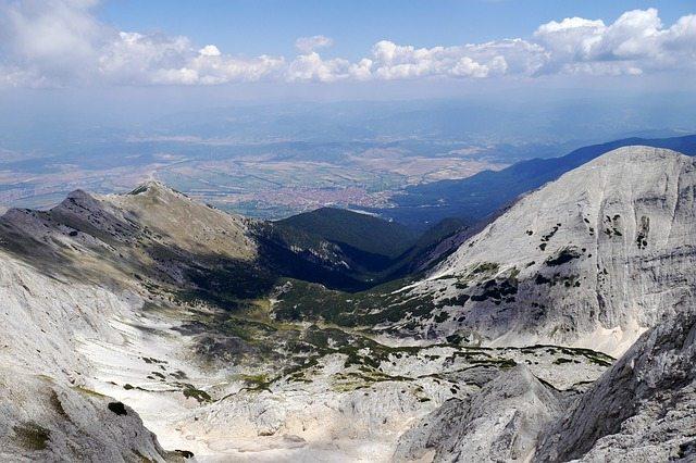 Pirin Mountains Above Bansko, Bulgaria | Pixabay Image