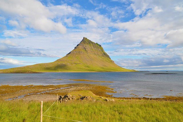 Kirkjufell, Iceland | Pixabay Image